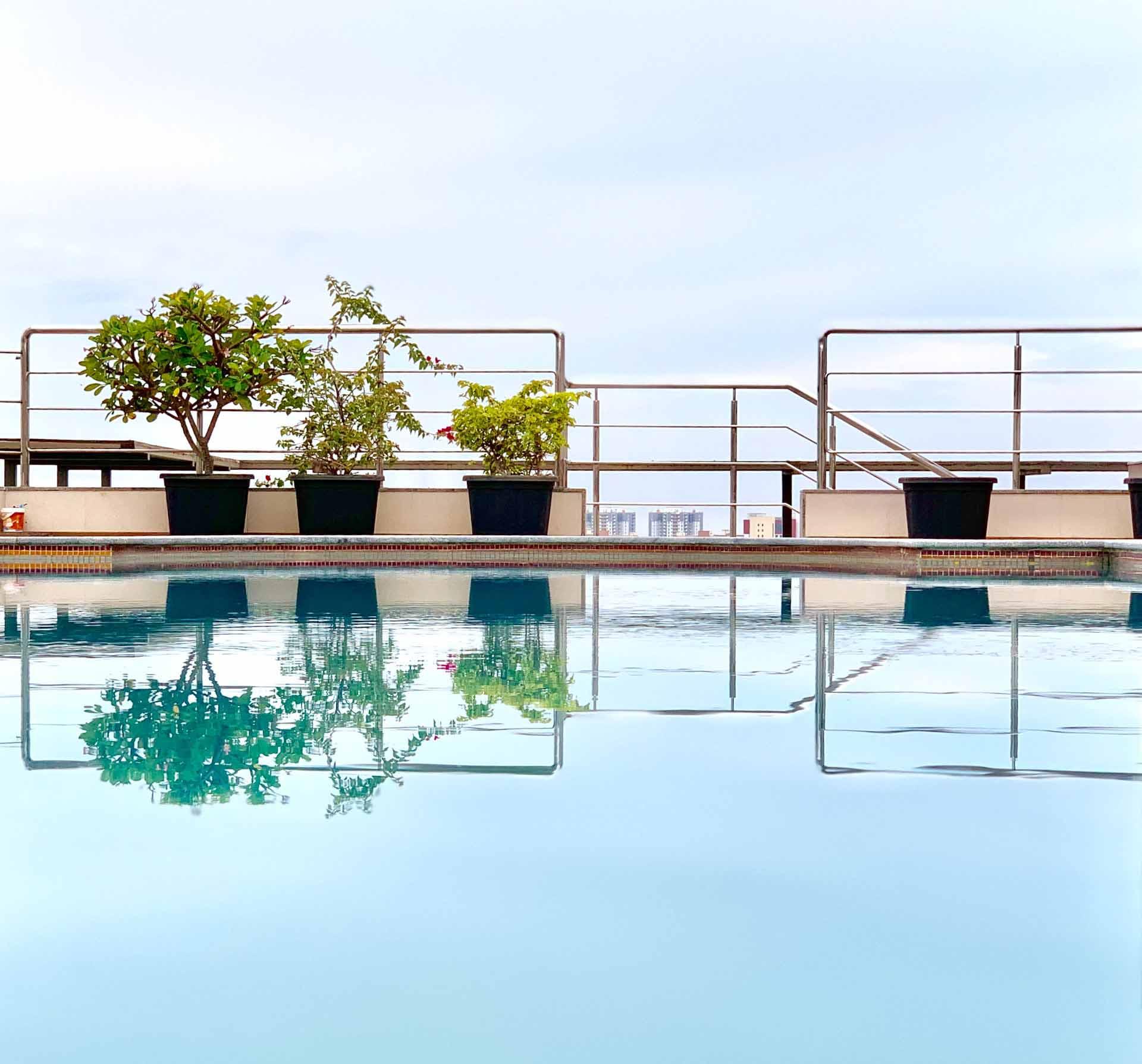 piscina y cloro invernador